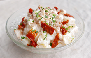 Pommes de terre, fromage blanc & tomates séchées